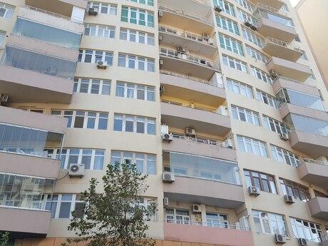 3-комн. новостройка - м. Шах Исмаил Хатаи - 123 м²
