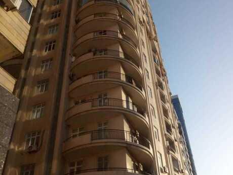 5 otaqlı yeni tikili - Şah İsmayıl Xətai m. - 202 m²