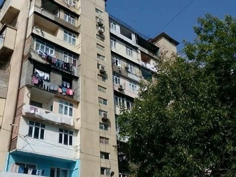 3 otaqlı köhnə tikili - Neftçilər m. - 84 m²