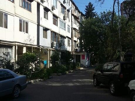 3-комн. новостройка - пос. Бадамдар - 60 м²