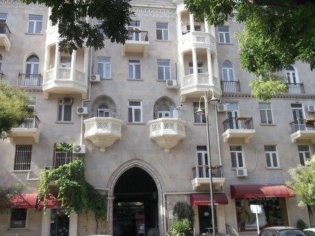 3 otaqlı köhnə tikili - Sahil m. - 60 m²