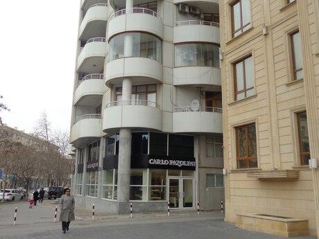 3 otaqlı yeni tikili - Elmlər Akademiyası m. - 167 m²