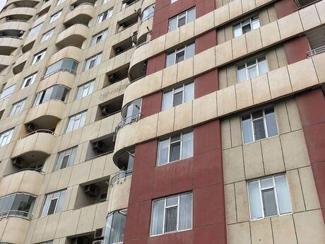 4 otaqlı yeni tikili - Şah İsmayıl Xətai m. - 130 m²