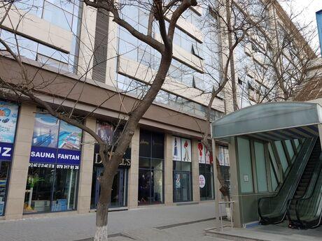 3 otaqlı köhnə tikili - Gənclik m. - 95 m²