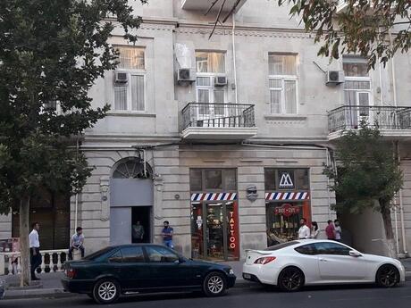 5 otaqlı köhnə tikili - Səbail r. - 150 m²