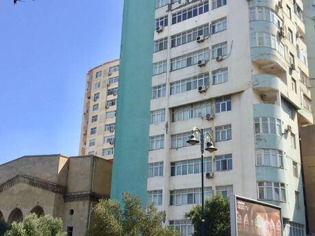 5 otaqlı yeni tikili - Gənclik m. - 190 m²