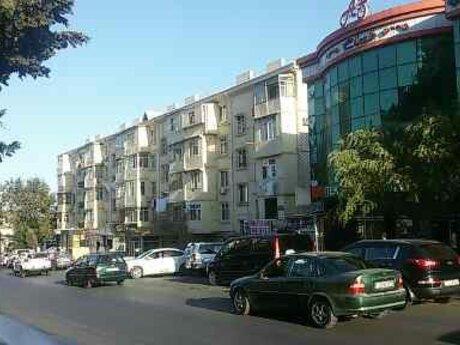 1 otaqlı köhnə tikili - Memar Əcəmi m. - 60 m²
