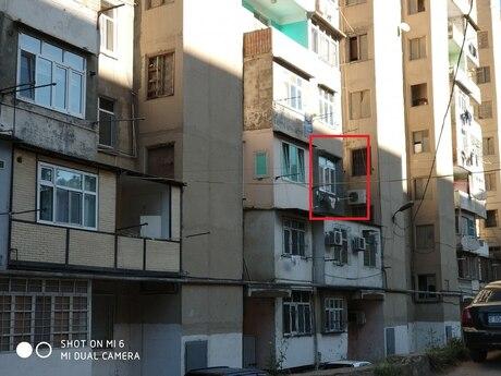 3 otaqlı köhnə tikili - Yeni Günəşli q. - 90 m²