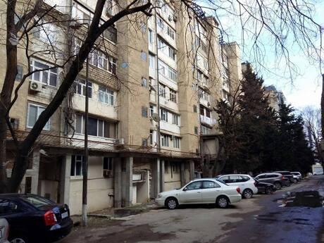 4-комн. вторичка - м. Халглар Достлугу - 90 м²