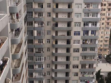 3-комн. новостройка - м. Кара Караева - 133 м²