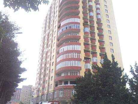 3-комн. новостройка - м. Ахмедлы - 82 м²