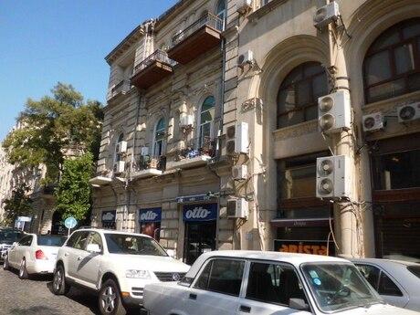 3 otaqlı köhnə tikili - Sahil m. - 96 m²