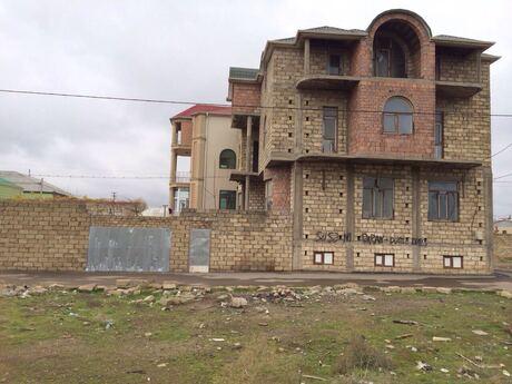 7 otaqlı ev / villa - Nərimanov r. - 250 m²