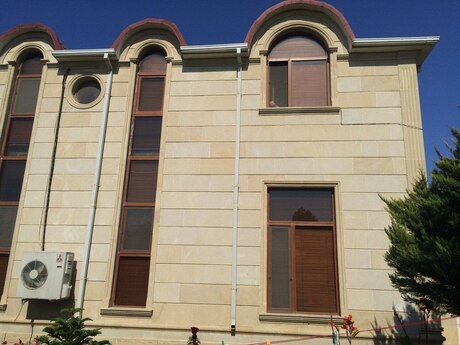 8 otaqlı ev / villa - Nardaran q. - 450 m²