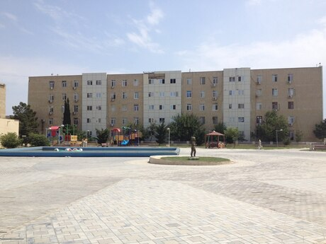 4 otaqlı köhnə tikili - Lökbatan q. - 76.2 m²
