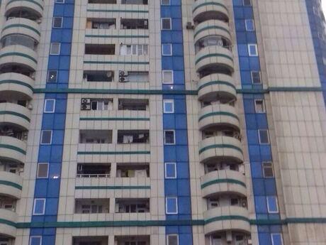 2-комн. новостройка - Сабунчинский  р. - 70 м²