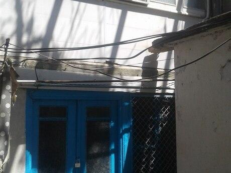 1 otaqlı köhnə tikili - Nizami m. - 20 m²