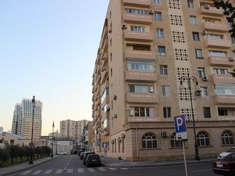 1-комн. вторичка - м. Эльмляр Академиясы - 50 м²