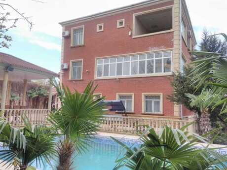 8 otaqlı ev / villa - Bakı - 580 m²
