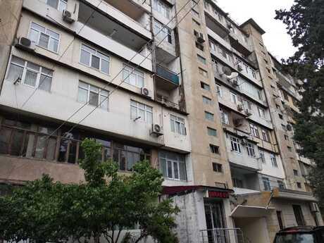 5 otaqlı köhnə tikili - Bakıxanov q. - 155 m²
