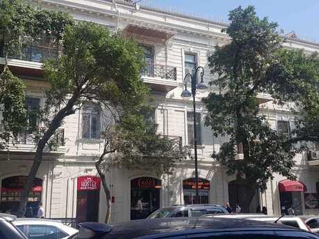 4 otaqlı köhnə tikili - 28 May m. - 135 m²