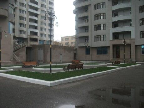 3-комн. новостройка - м. Гянджлик - 170 м²