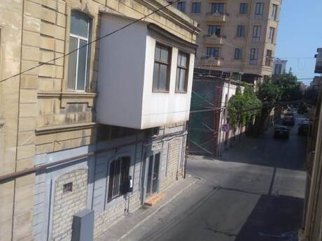 2 otaqlı köhnə tikili - Nizami m. - 75 m²