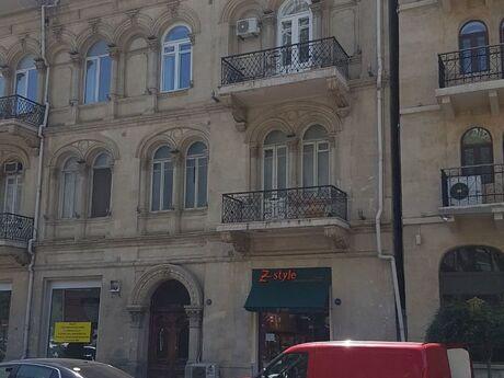 2 otaqlı köhnə tikili - Sahil m. - 70 m²