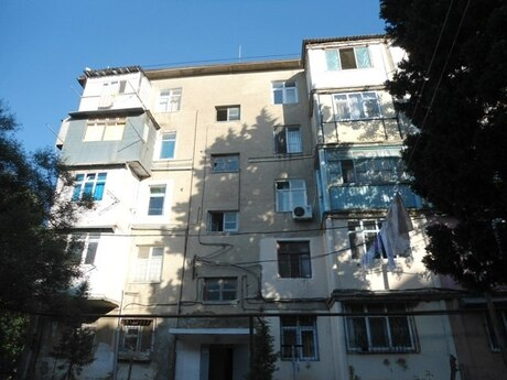3 otaqlı köhnə tikili - Biləcəri q. - 70 m²