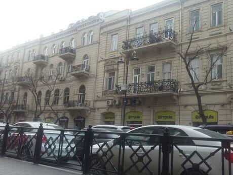 2 otaqlı köhnə tikili - Sahil m. - 62 m²