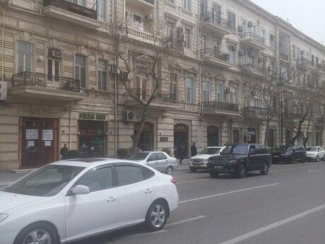 2 otaqlı köhnə tikili - 28 May m. - 68 m²
