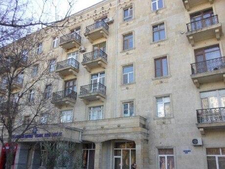 2 otaqlı köhnə tikili - Sahil m. - 63 m²
