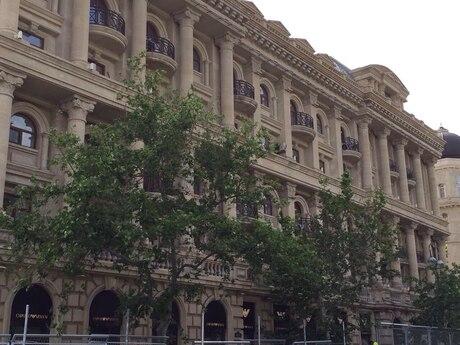 3-комн. новостройка - м. Сахиль - 90 м²