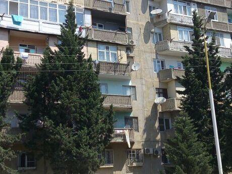 4 otaqlı köhnə tikili - İnşaatçılar m. - 110 m²