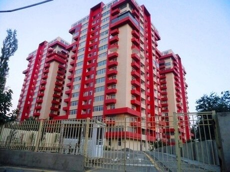 3-комн. новостройка - м. Нефтчиляр - 150 м²