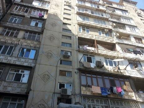3 otaqlı köhnə tikili - Binəqədi r. - 85 m²