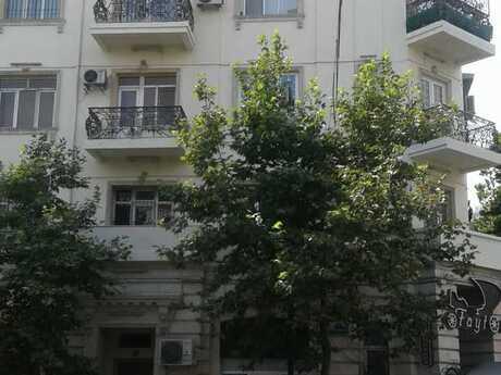 2-комн. вторичка - м. Сахиль - 60 м²