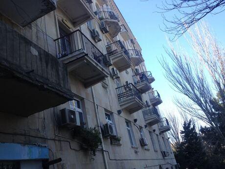 3 otaqlı köhnə tikili - Yasamal r. - 86 m²
