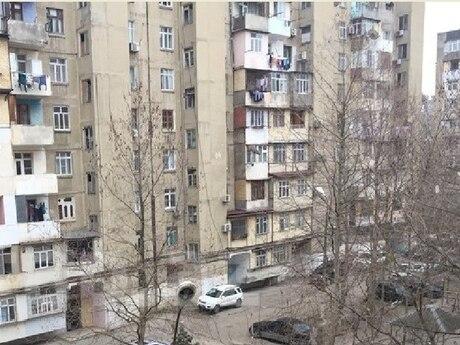 3 otaqlı köhnə tikili - Əhmədli q. - 75 m²