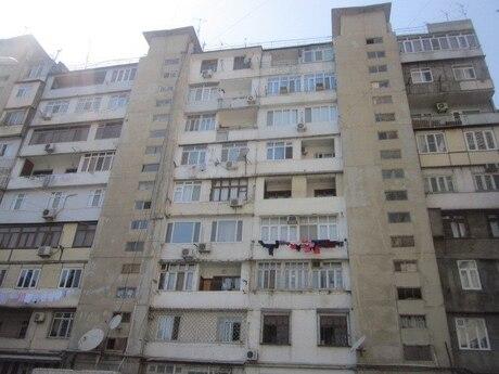 3 otaqlı köhnə tikili - Gənclik m. - 70 m²