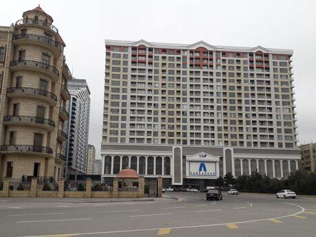 3 otaqlı yeni tikili - Şah İsmayıl Xətai m. - 130 m²