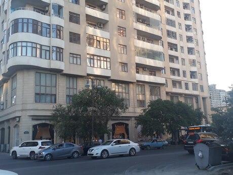 2-комн. новостройка - м. Эльмляр Академиясы - 116 м²
