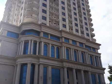 5-комн. новостройка - м. Эльмляр Академиясы - 210 м²