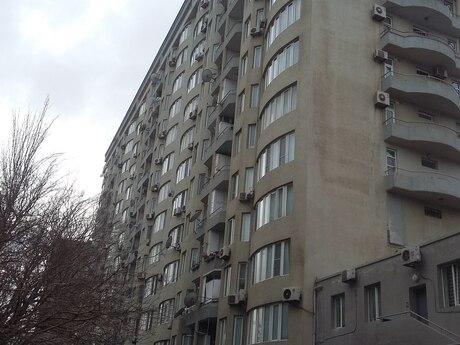 3 otaqlı yeni tikili - Səbail r. - 164 m²