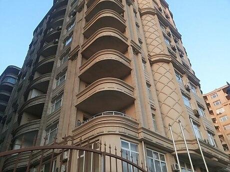 3-комн. новостройка - м. Нариман Нариманова - 147 м²