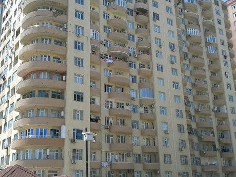 3-комн. новостройка - м. Иншаатчылар - 131 м²