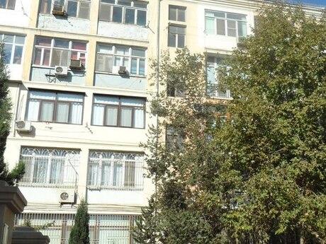 1 otaqlı köhnə tikili - İçəri Şəhər m. - 21 m²
