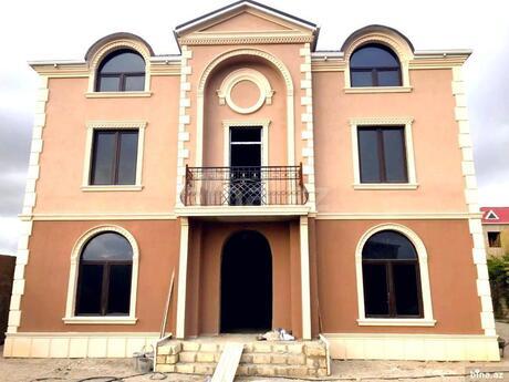 Bağ - Novxanı q. - 510 m²