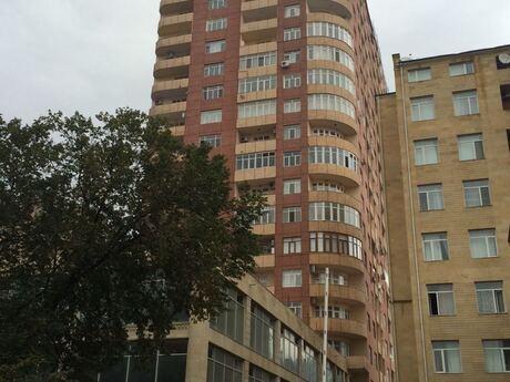 4 otaqlı yeni tikili - Gənclik m. - 145 m²