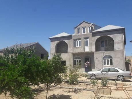 7 otaqlı ev / villa - Maştağa q. - 350 m²